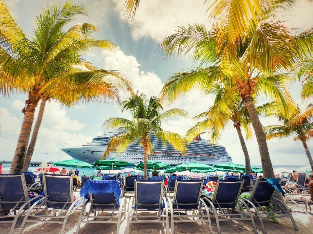 Carnival Breeze – Eastern Caribbean Cruise